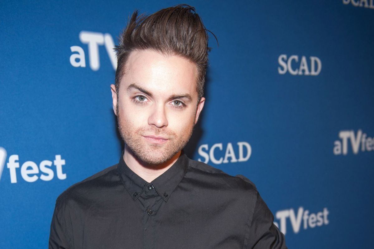 Actor Thomas Dekker Comes Out as Gay After Being Outed