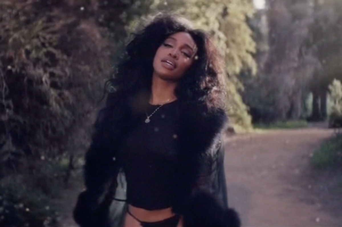"""SZA is a Living Dream in New """"Supermodel"""" Video"""