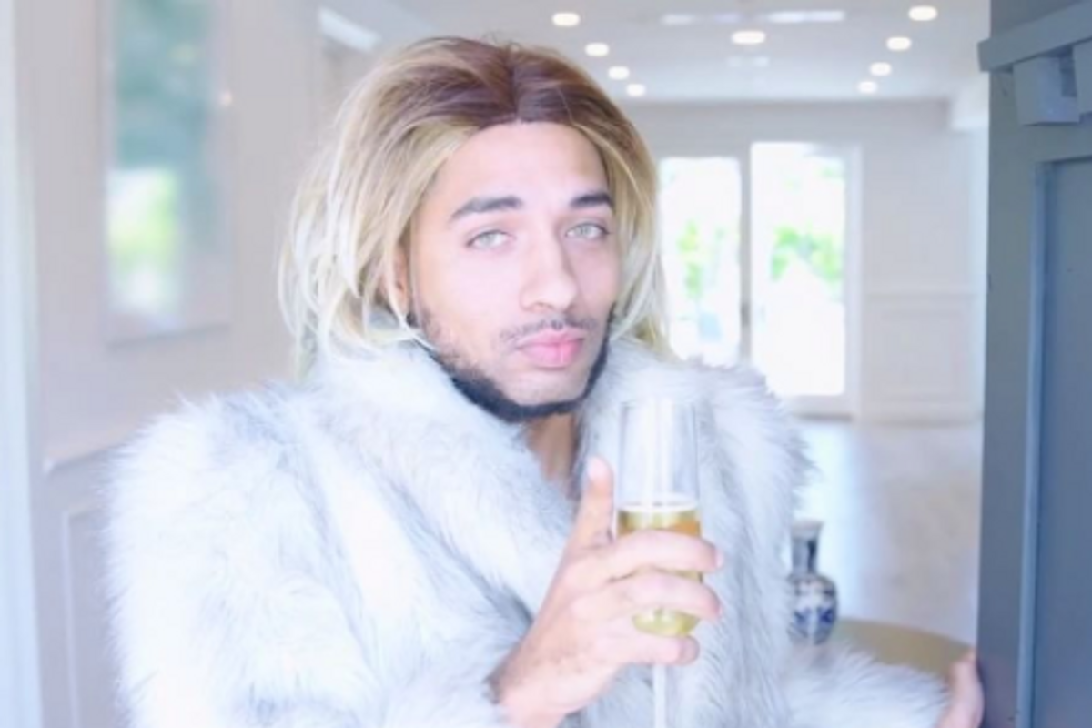 Updated: Joe Mande and Super Deluxe Are Creating Joanne the Scammer's TV Show