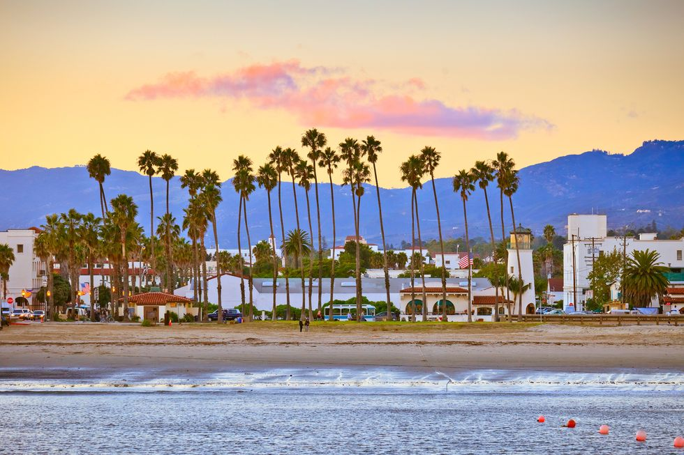 Santa Barbara Becomes First California City to Pass Resolution Against Offshore Oil and Gas Drilling