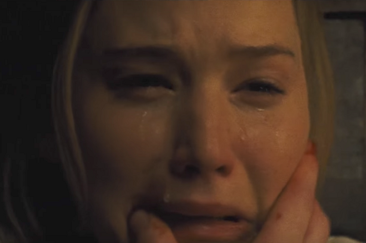 "The Soul-Chilling Trailer for Jennifer Lawrence's ""Mother!"" Will Haunt You Forever"