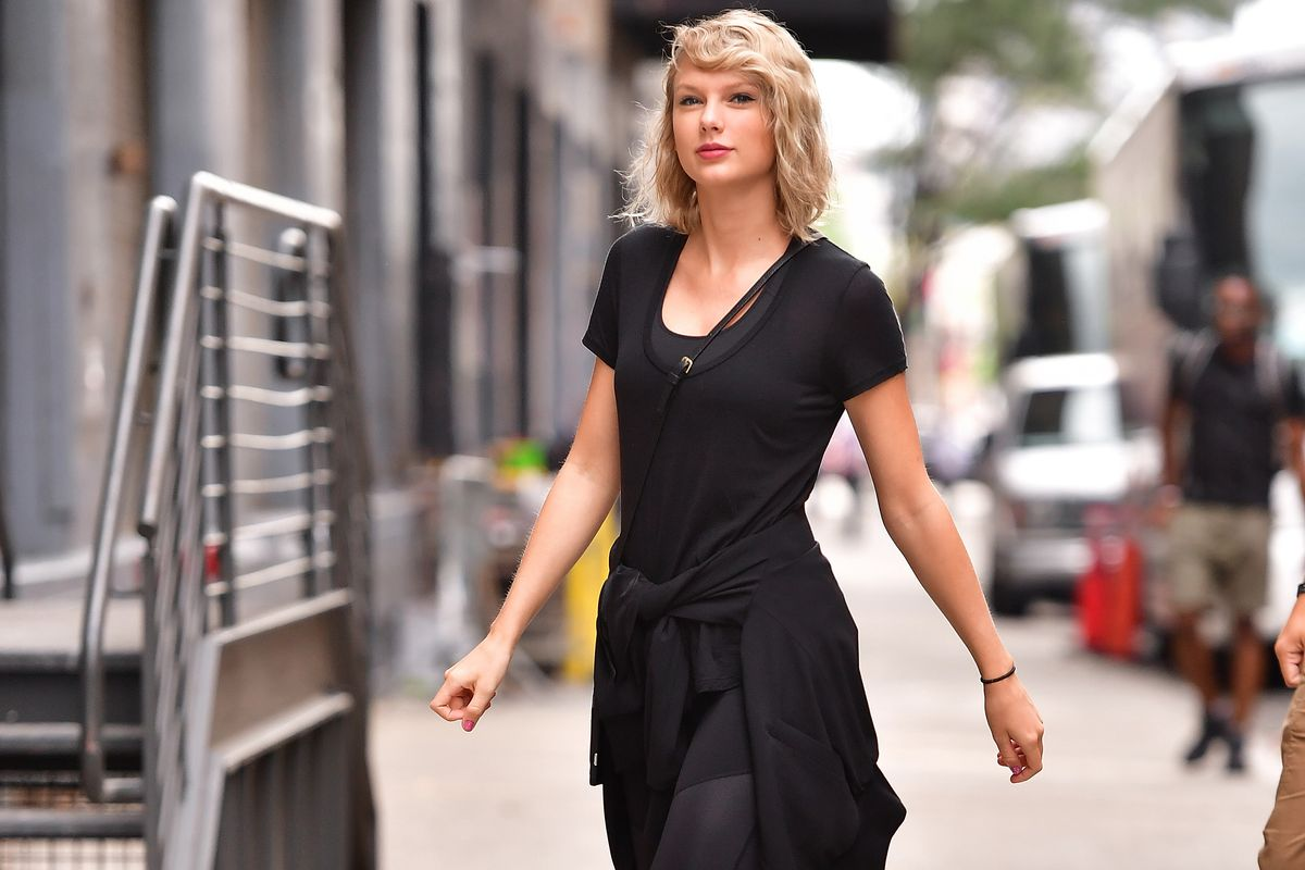 Taylor Swift Is Only Seeking $1 in Damages in Sexual Assault Suit Against DJ