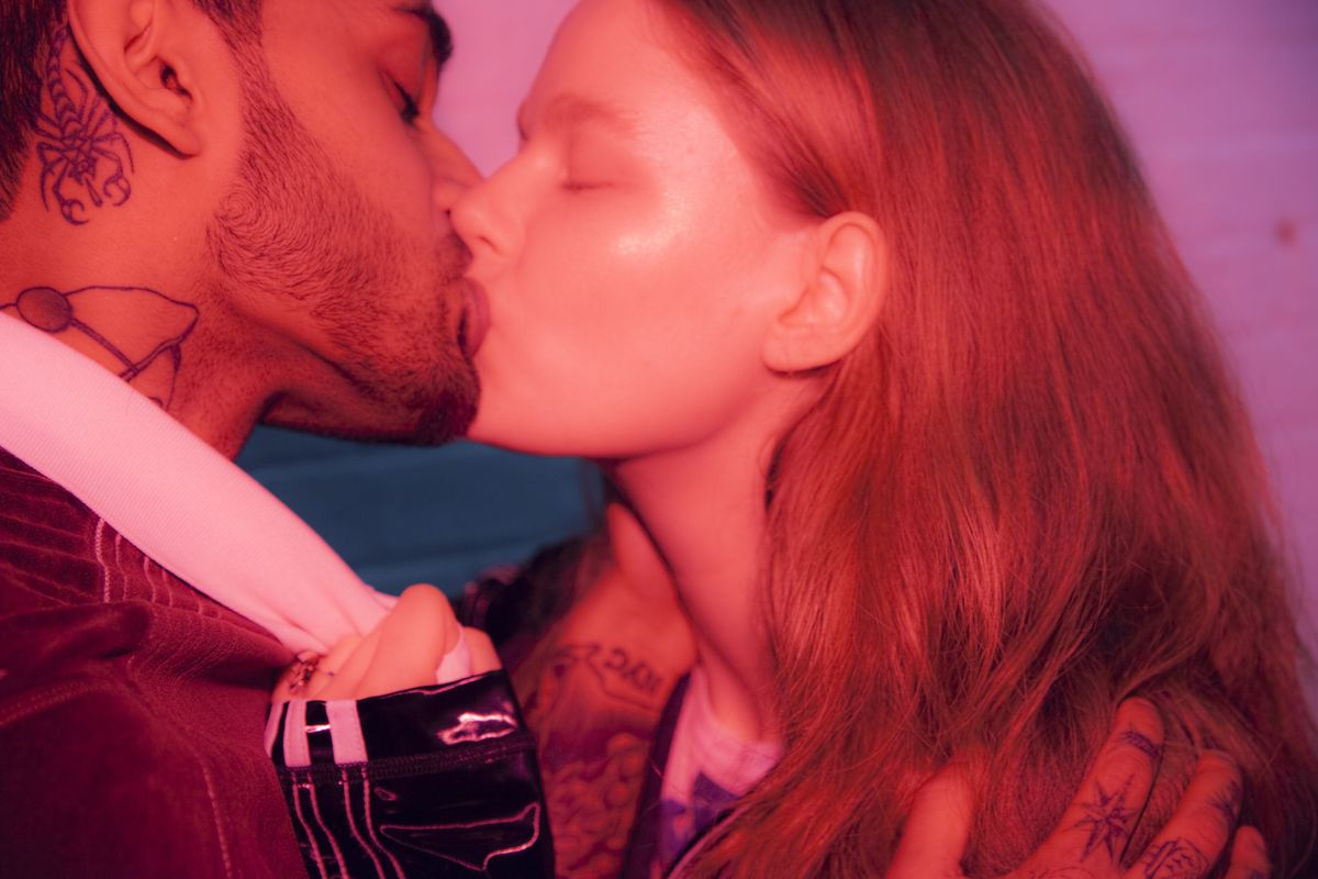 Peep These Gorgeous Shots of Four Real Couples Kissing