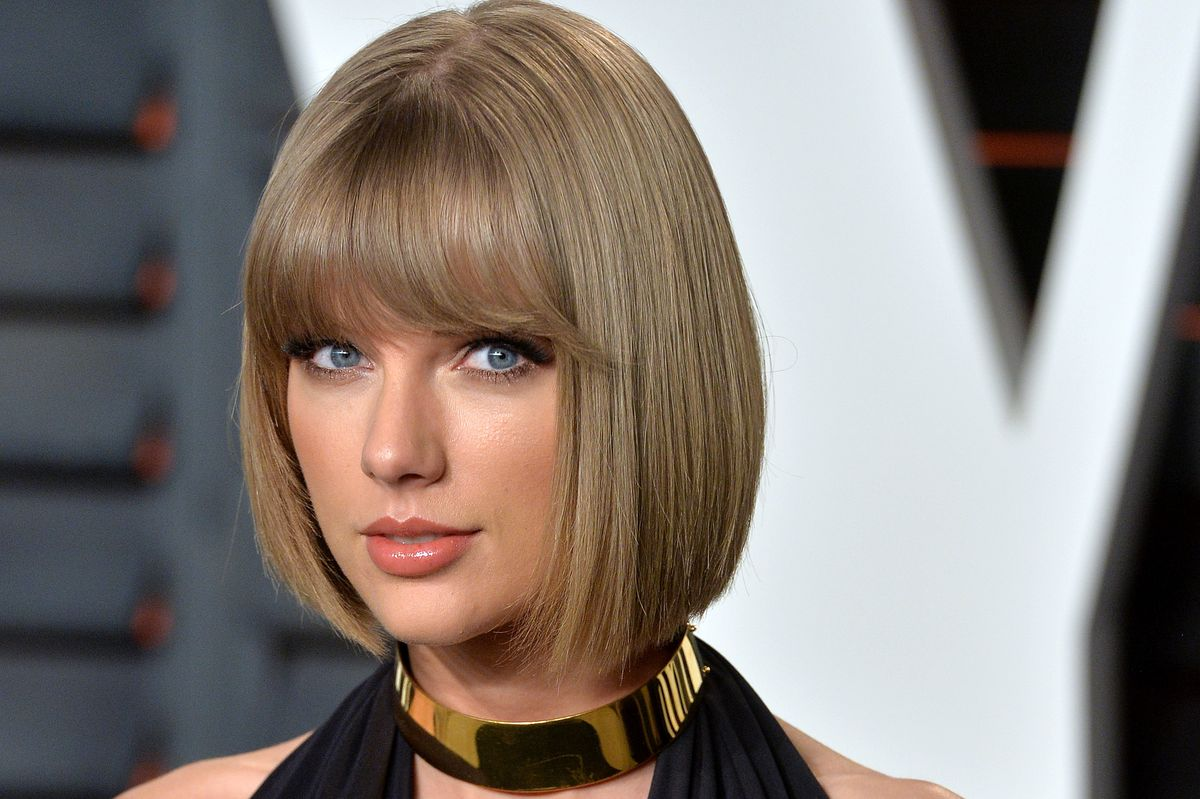 """Taylor Swift Has Just Testified at Her """"Groping"""" Trial"""