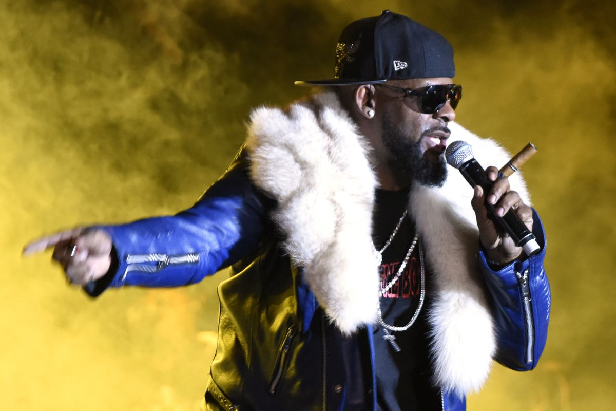 """R. Kelly's Alleged """"Sex Cult"""" May Be Subject To A Criminal Investigation"""