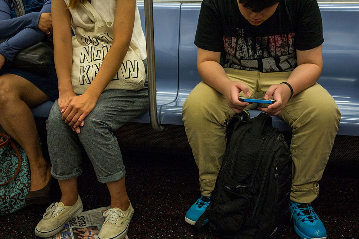 AirDropping Dick Pics Is the Newest Subway Harassment Trend