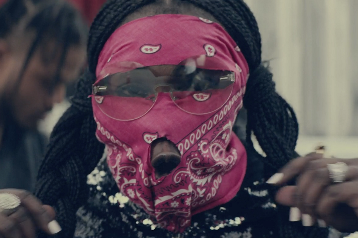 Leikeli47 Has No Time for Fake Friends in '2nd Fiddle' Video