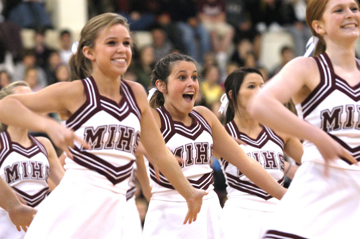 10 Reasons Cheerleading Is One Of The Hardest Sports In The US