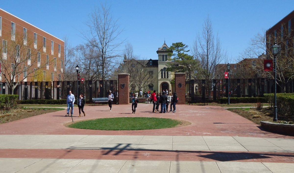 10 Things To NEVER Do In College, EVER