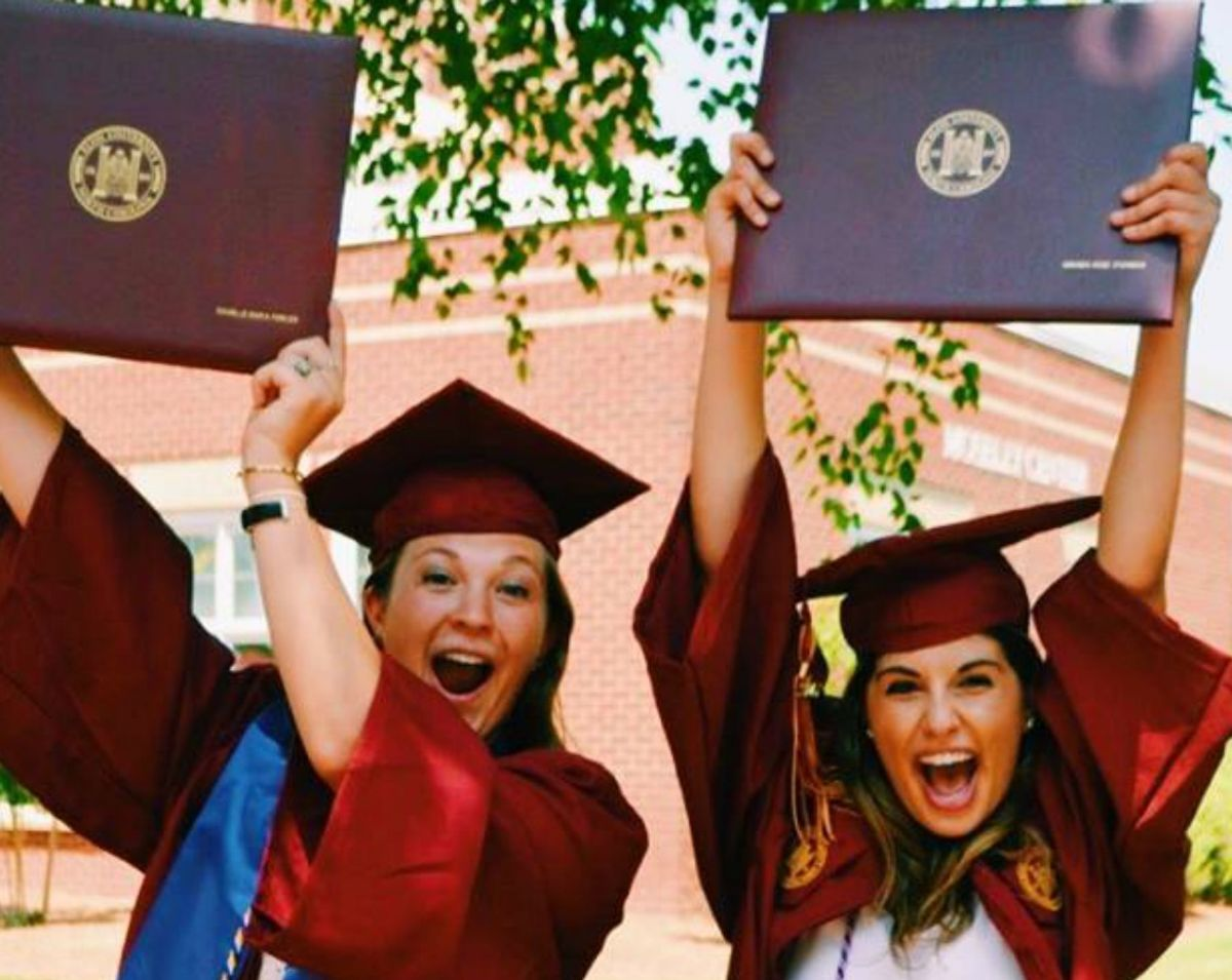 6 Aspects Of College FOMO From A Recent College Grad