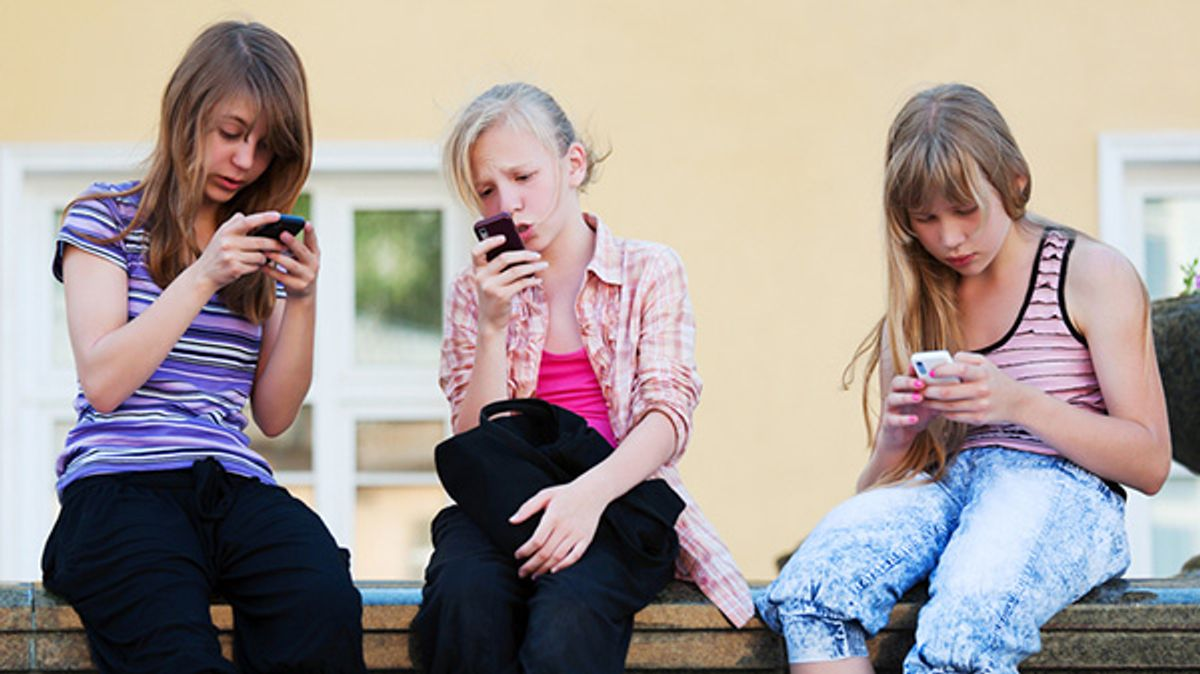 9 Reasons Why Kids Shouldn't Own Electronics Yet