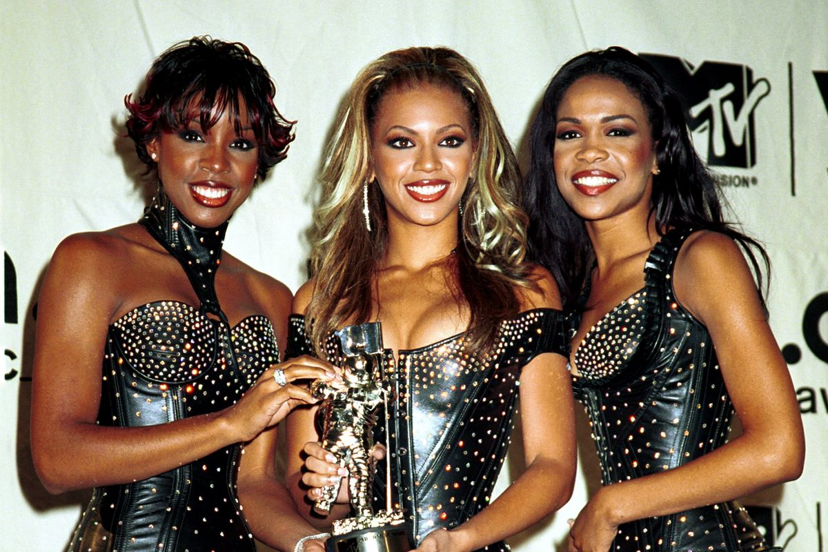 Take a Stroll Back Through VMAs Fashion History