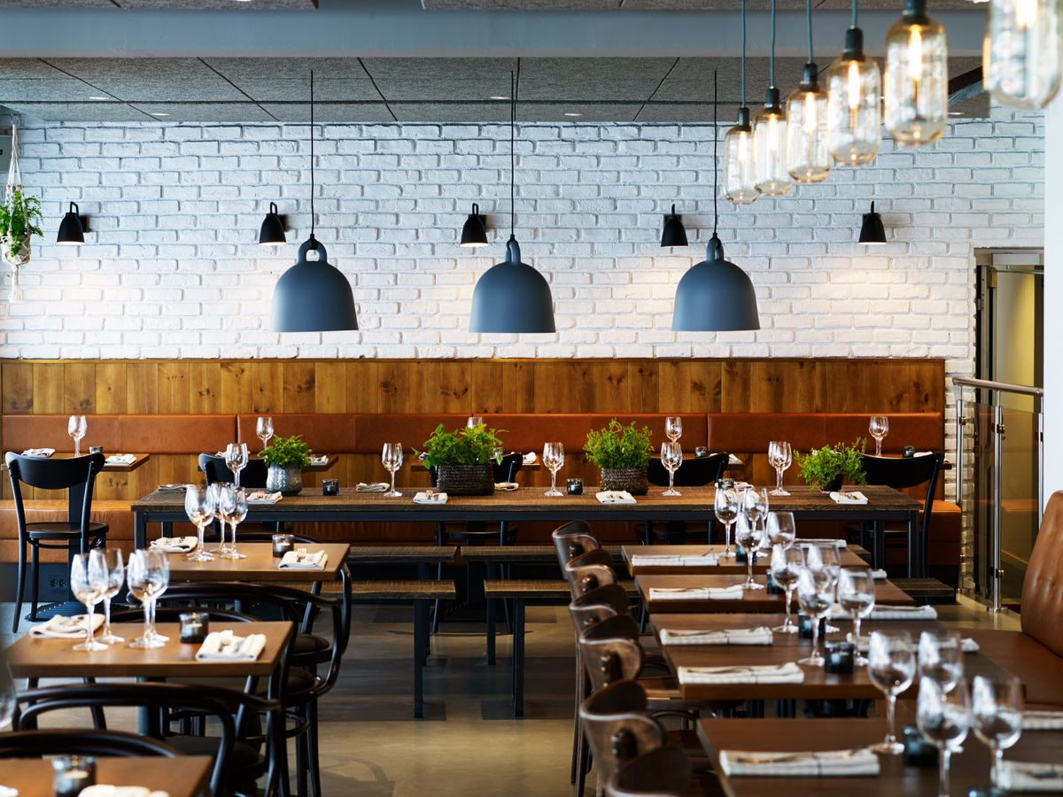 3 Important Things I've Learned From Working In A Restaurant