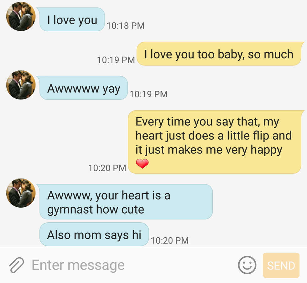 10 Texts You've Definitely Sent If You're In A Long Distance