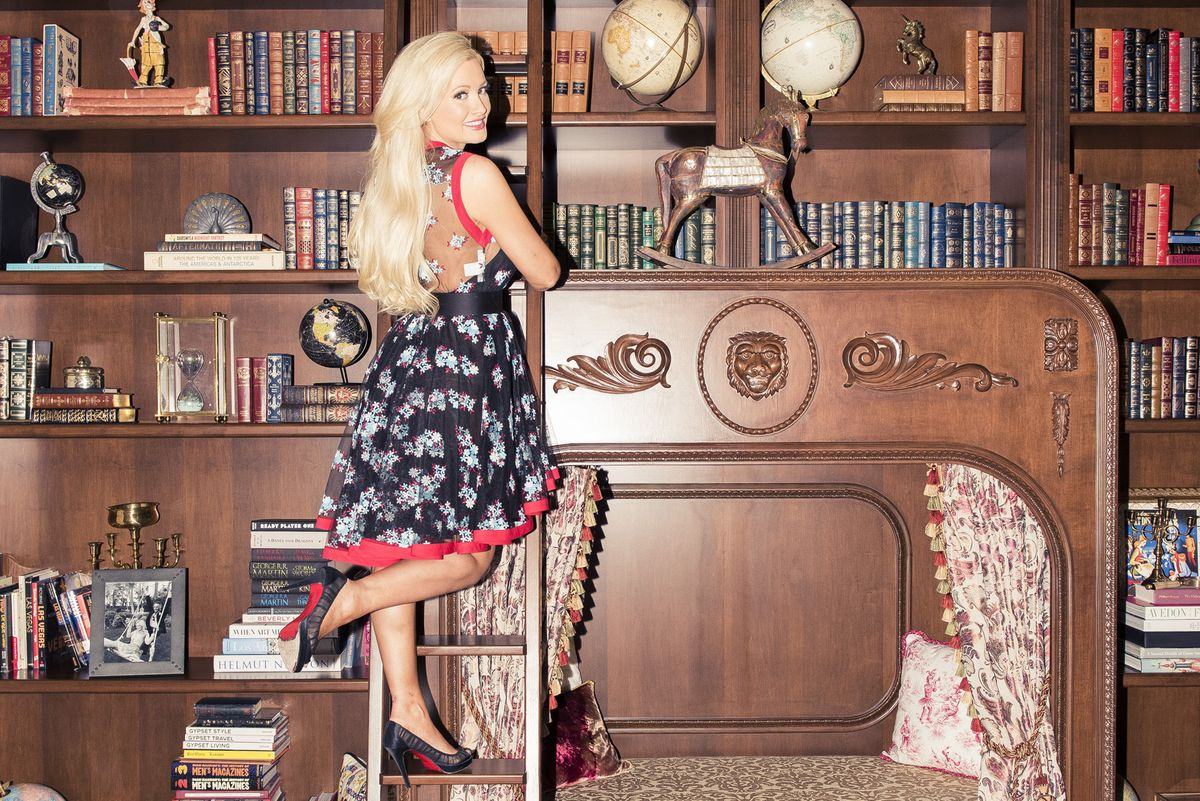 Paper and Coveteur Go Inside Holly Madison's Storybook Las Vegas Home