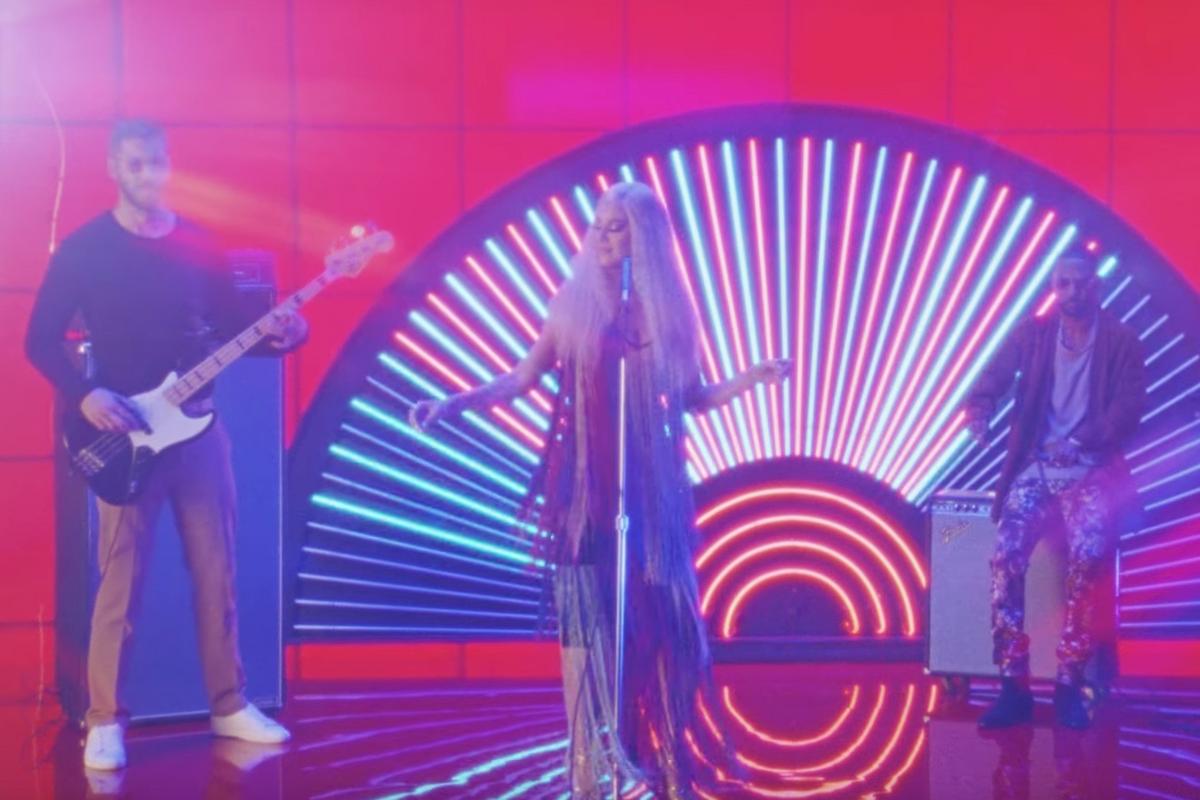 "Katy Perry, Pharrell, and Big Sean Are a Technicolor Dream in Calvin Harris' ""Feels"" Video"