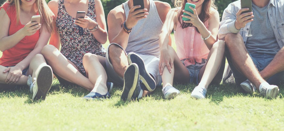 The 10 Millennials Found In Every Group Chat