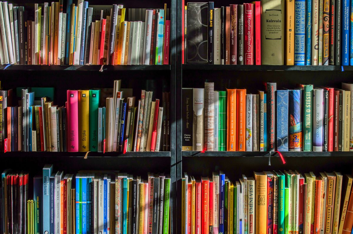 16 Books To Read Before You Graduate College