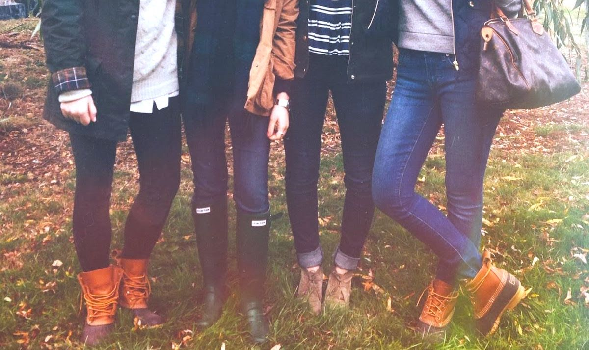 10 Fall Fashion MUST-HAVES For Every College Girl's Closet