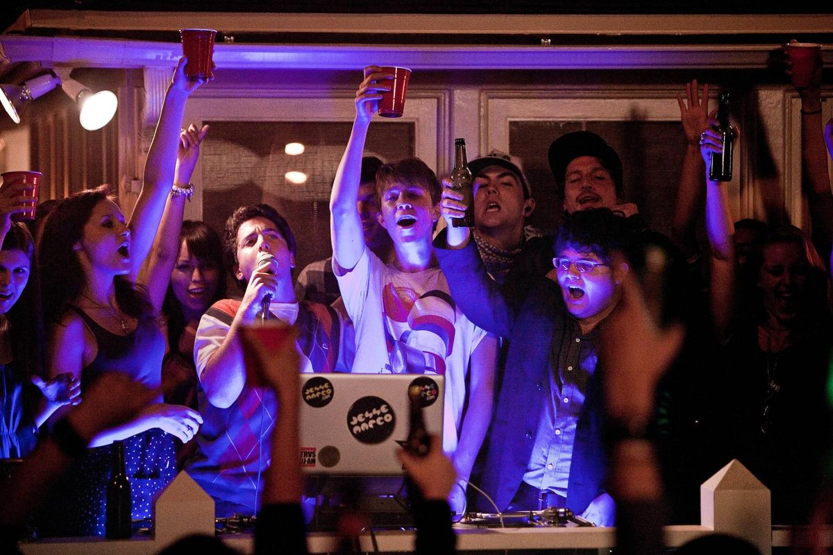 20 Songs You Ve Definitely Heard At A Frat Party