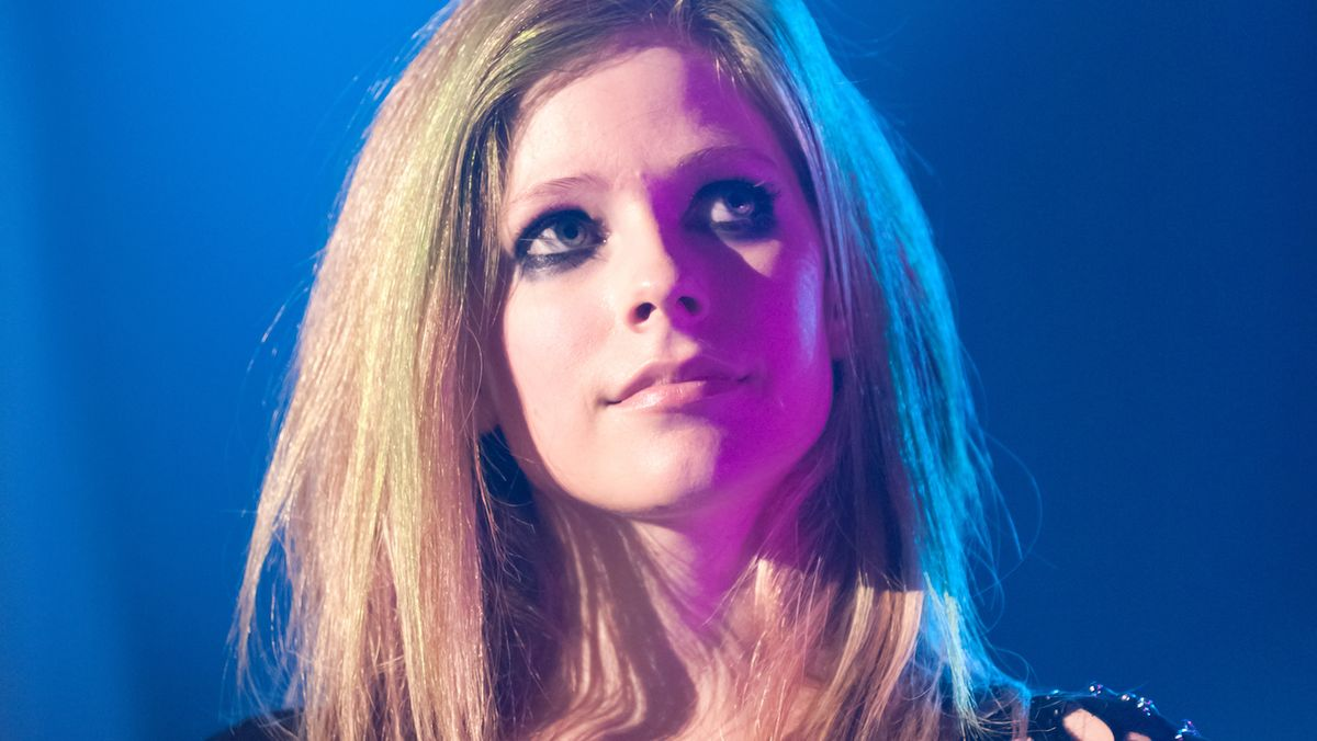 15 Times Avril Lavigne (Or Melissa) Described The Avril Conspiracy Theory