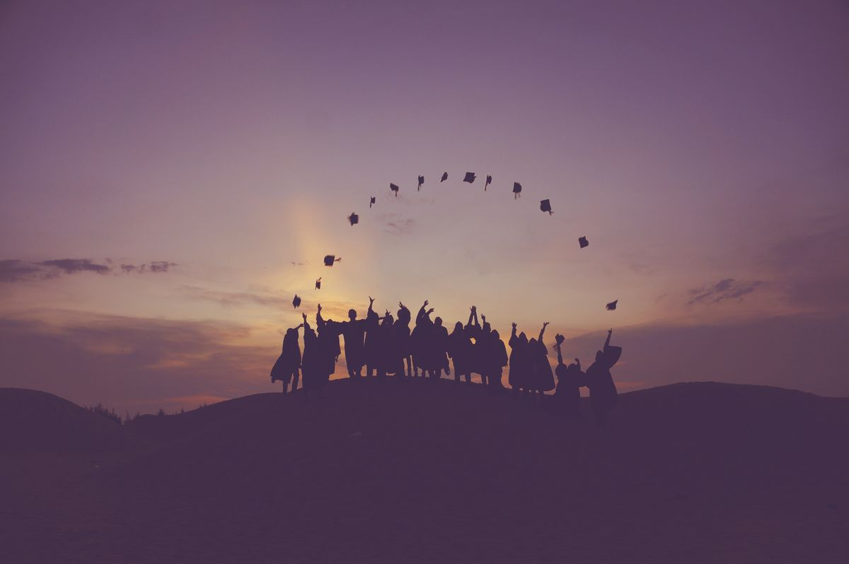 7 People You Meet at a Graduation Party