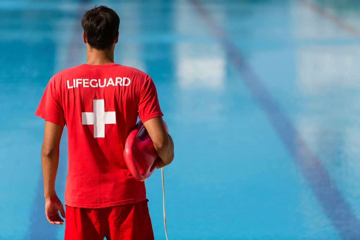 9 Things Only Summer Lifeguards Know To Be True