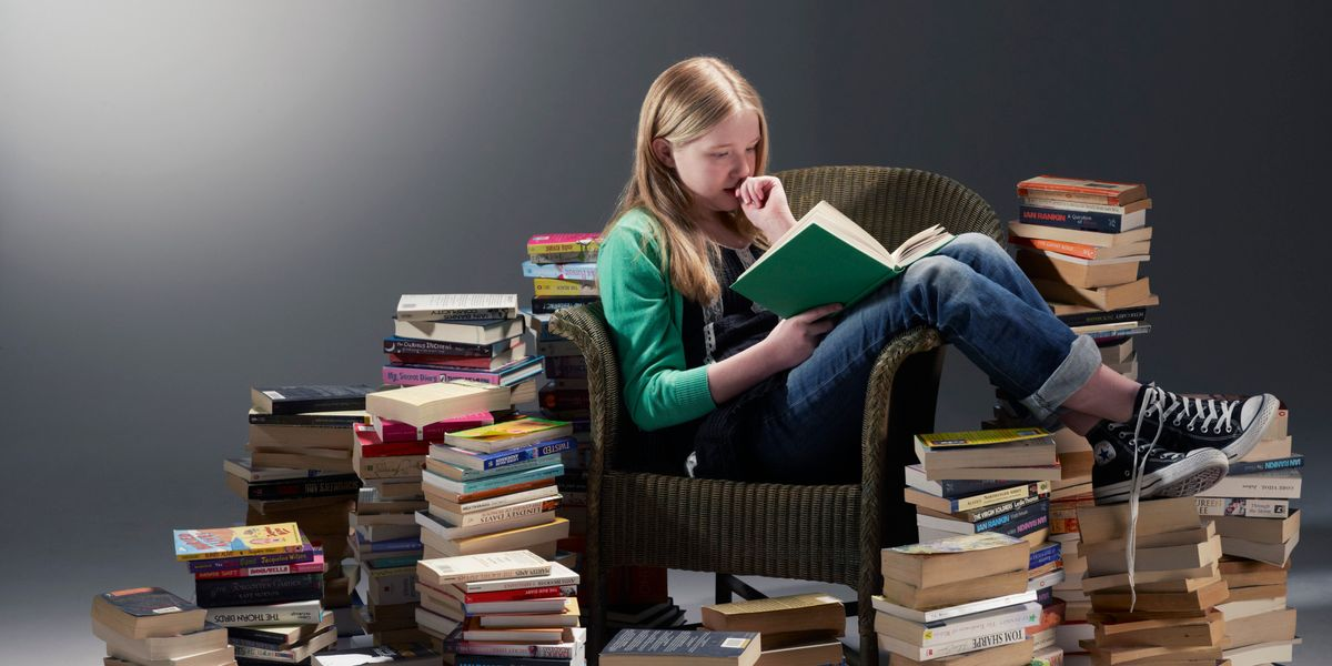 10 Stages Of A Reading Slump
