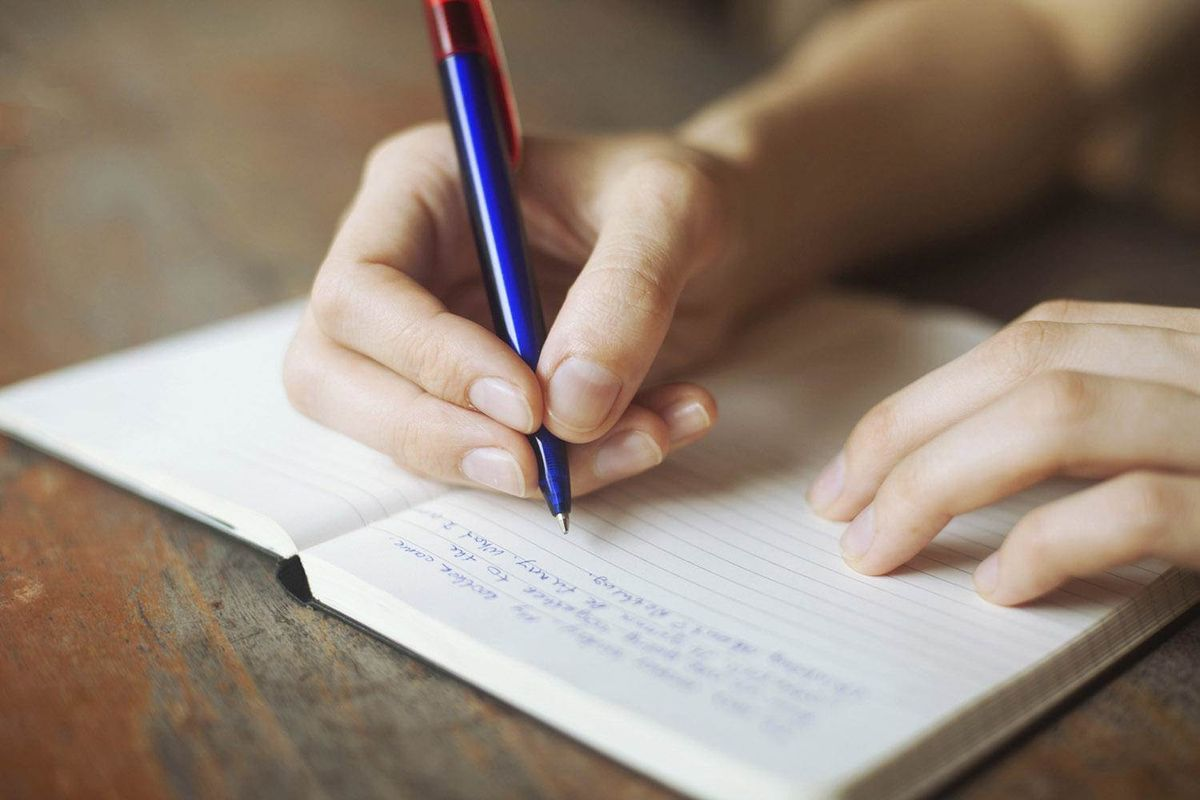 25 Things To Write This Summer When You're Bored