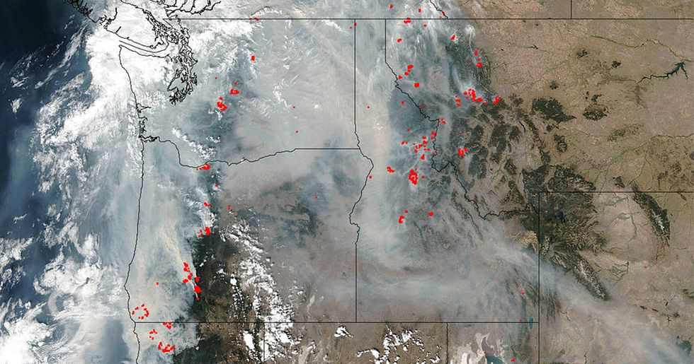 Severe Wildfires Spread in Western States During Unprecedented Drought