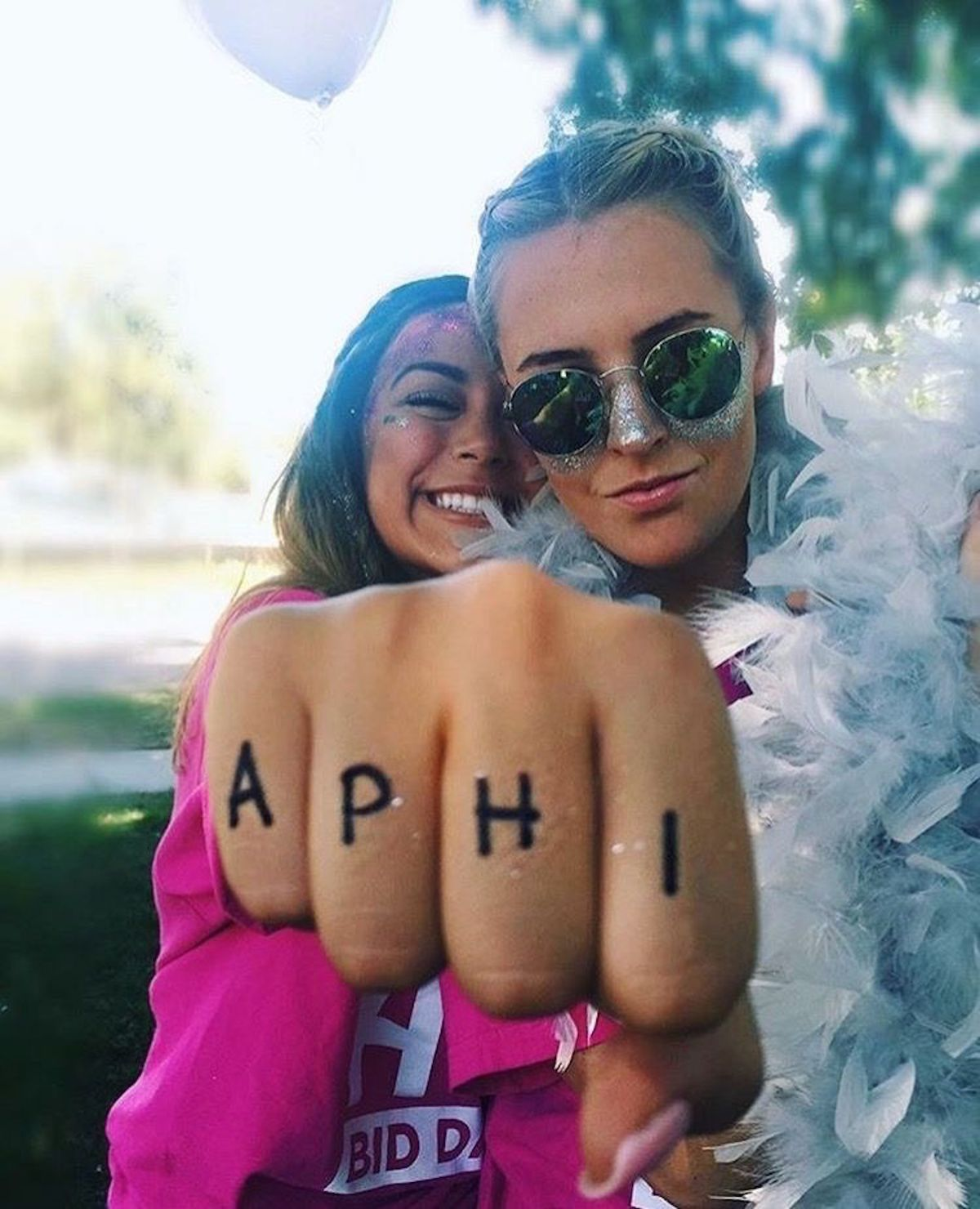 10 Signs You're An Alpha Phi