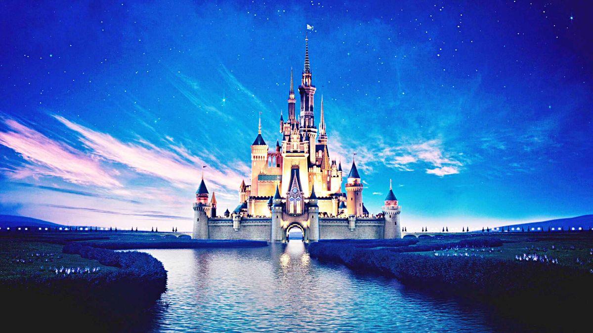 10 Emotions You'll Go Through When Applying for The Disney College Program