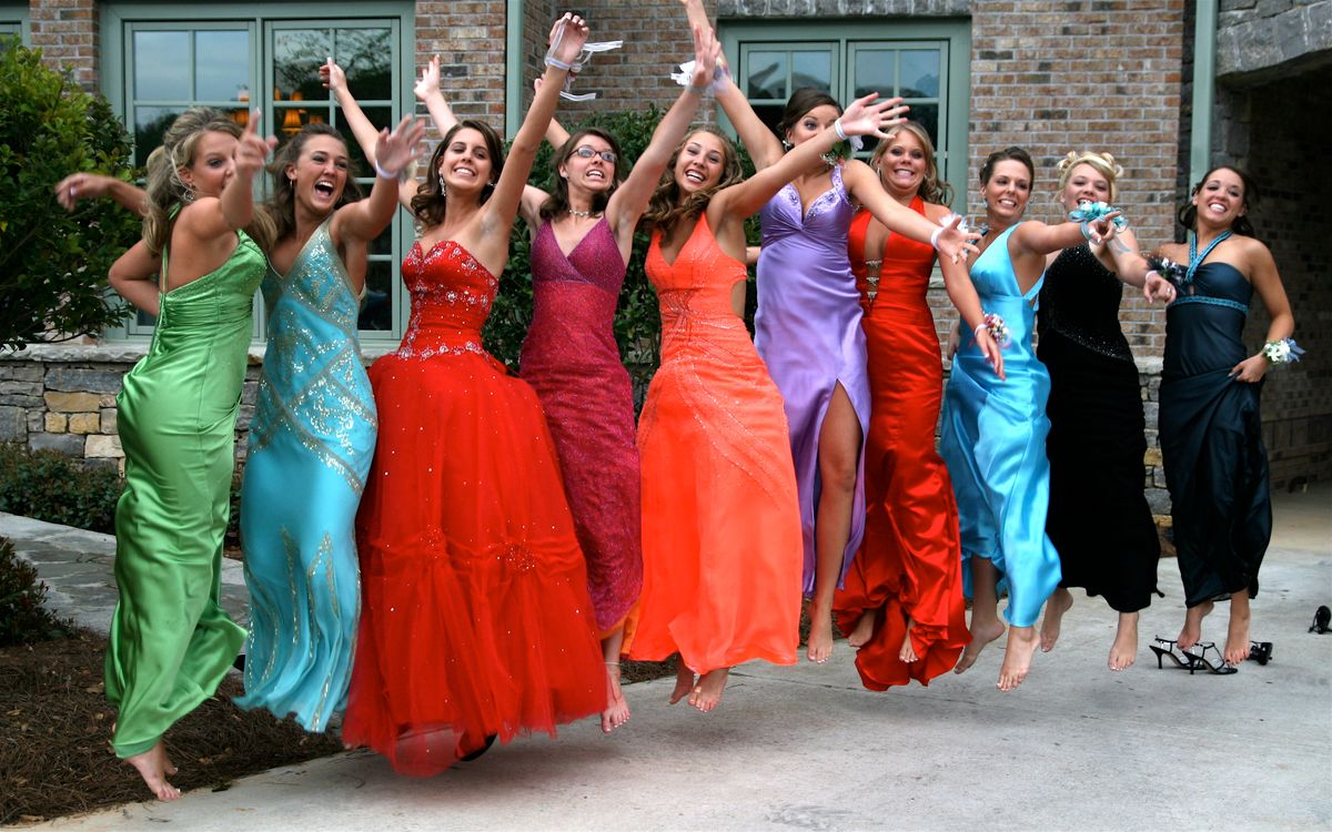 The  Zodiac Signs As Prom Dresses