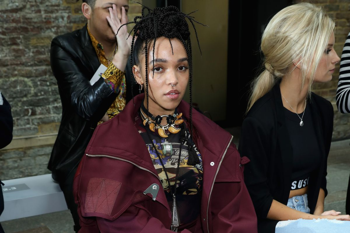 See FKA twigs, Ellie Goulding, and More Sit Front Row at LFW Day 3