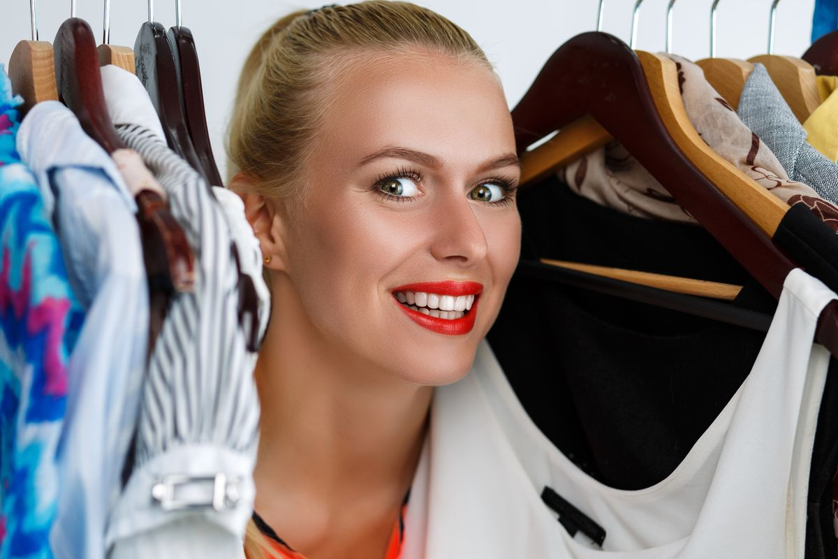How Not to Treat  A Fitting Room Person