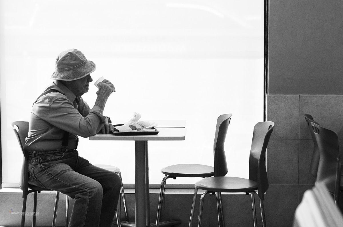 Eating Alone: Breaking the Stigma