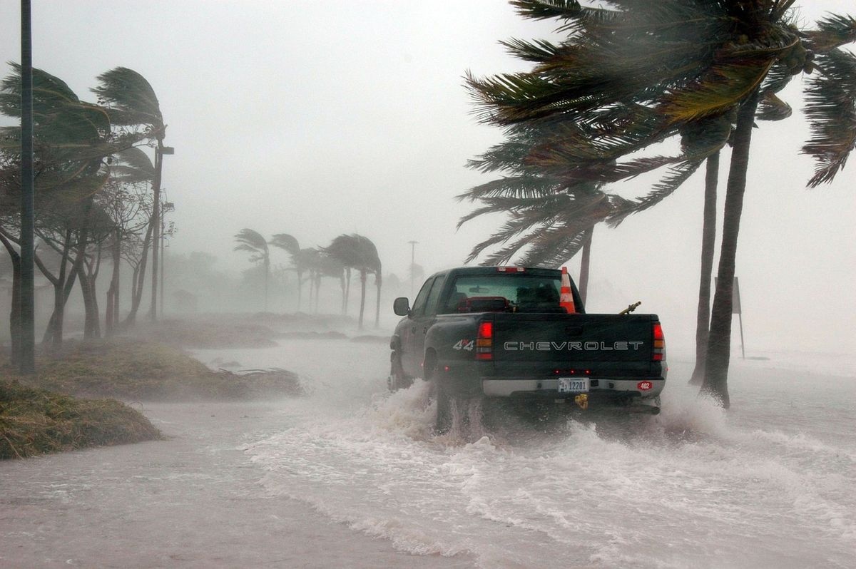 15 Essential Items You Need To Survive A Hurricane