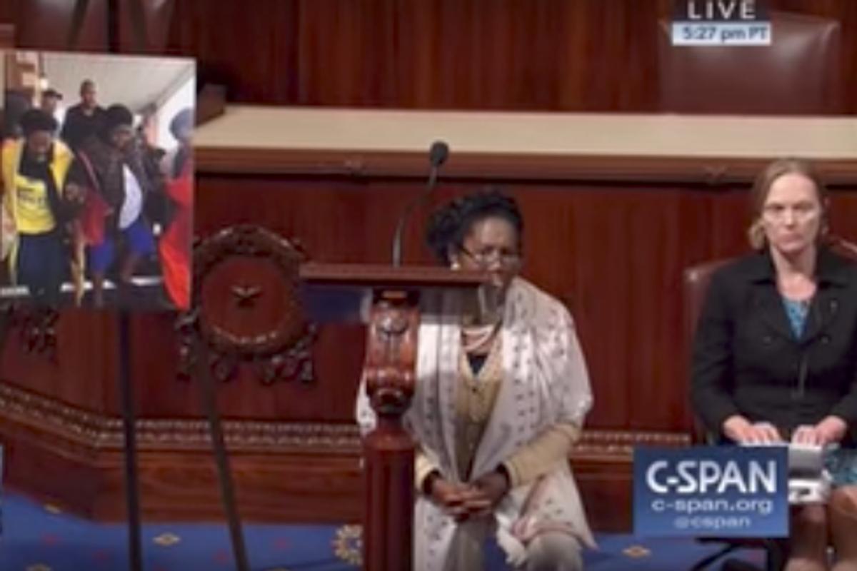 Congresswoman Sheila Jackson Lee Took a Knee on the House Floor