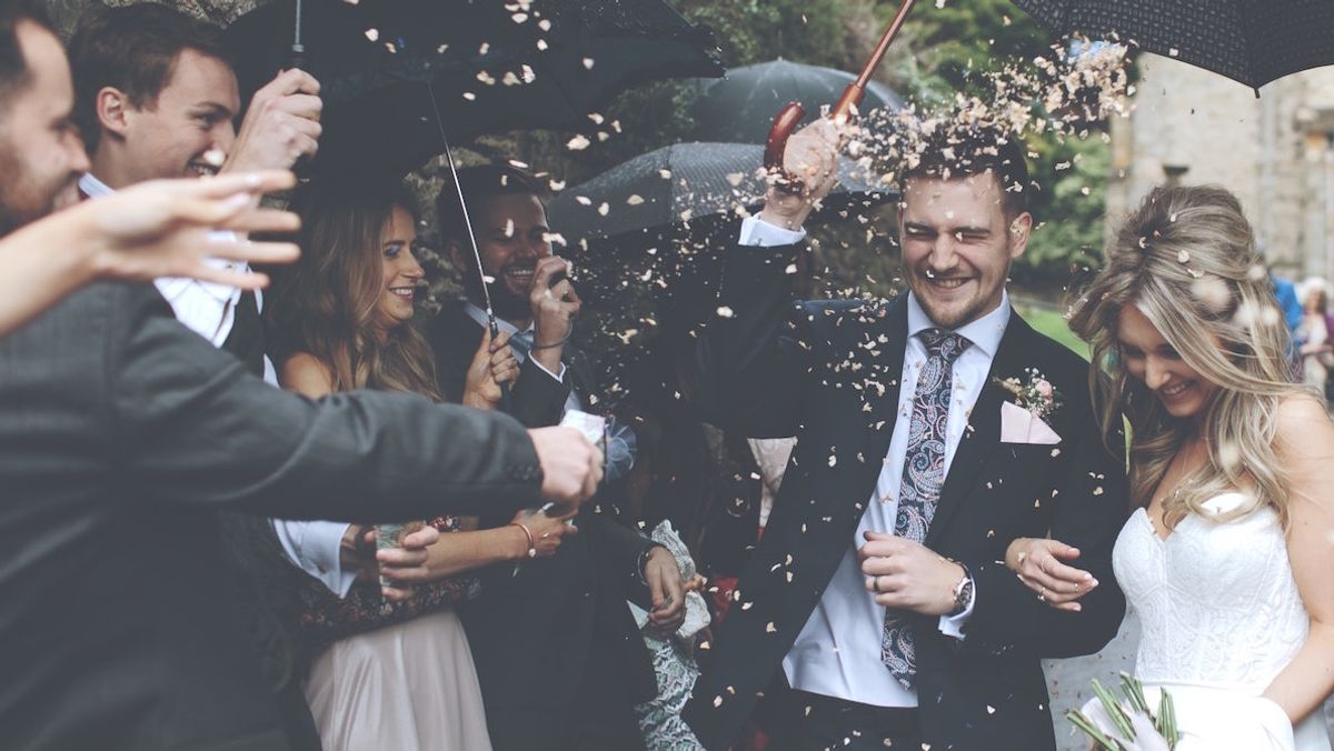 11 Things That Happen When Your Best Friends Get Married Young
