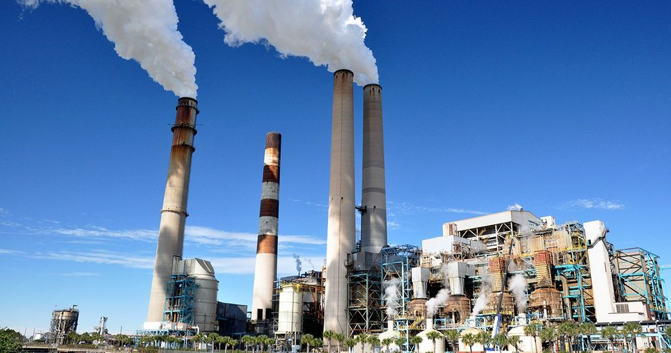 Trump EPA Takes First Step to Gut Clean Power Plan
