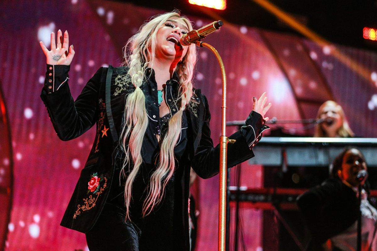 New Kesha Loves the Old Ke$ha