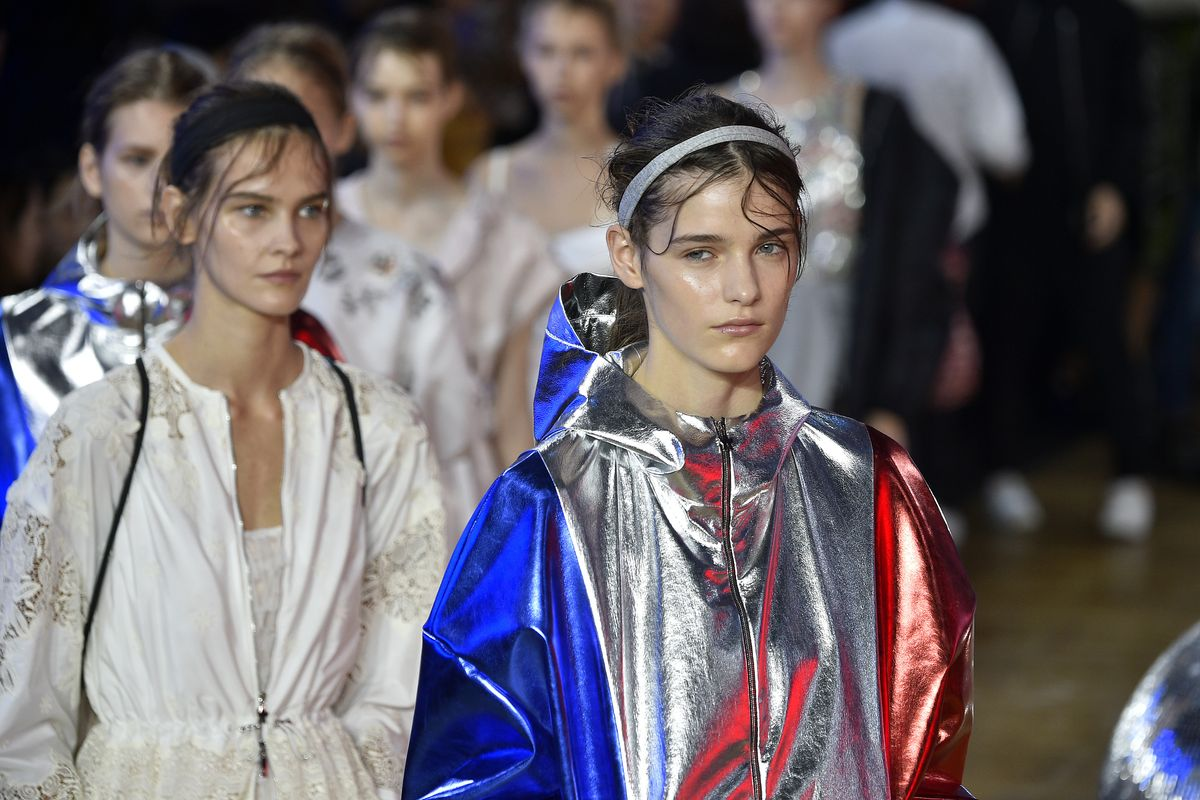 Fashion Week Trend Report: Wet Hair, Don't Care