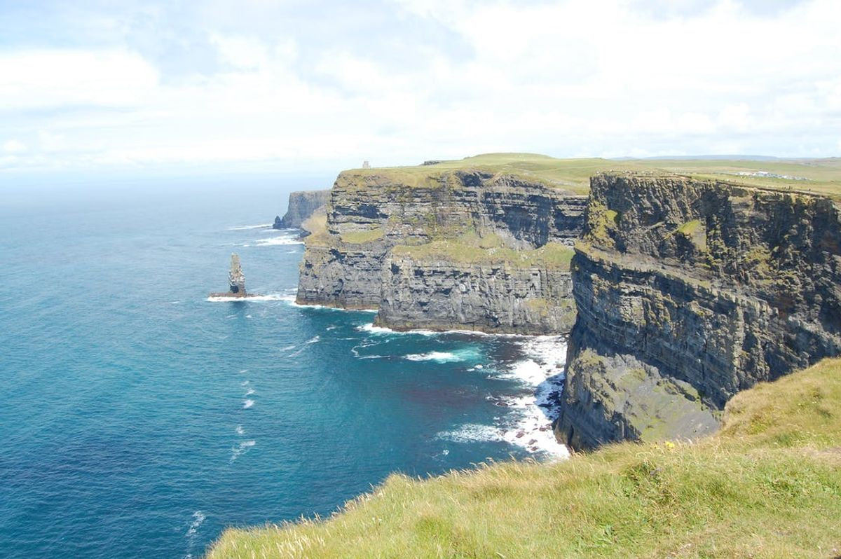20 Bucket List Items You Need To Do When Visiting Ireland