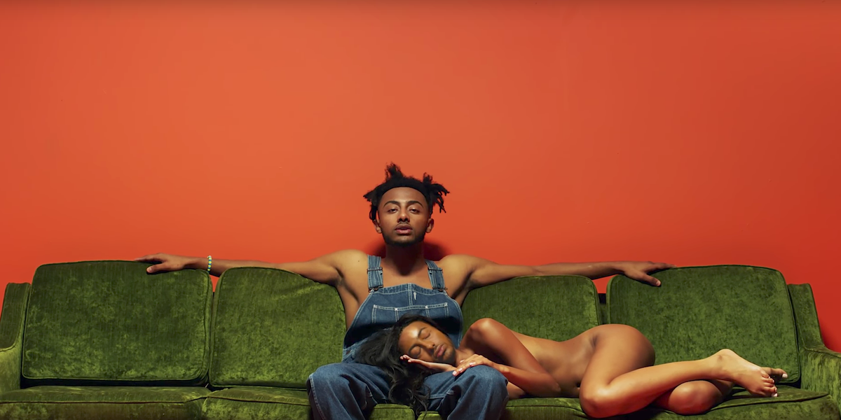 """Aminé Recruits Faves Issa Rae and Mel B for """"Spice Girl"""" Video"""