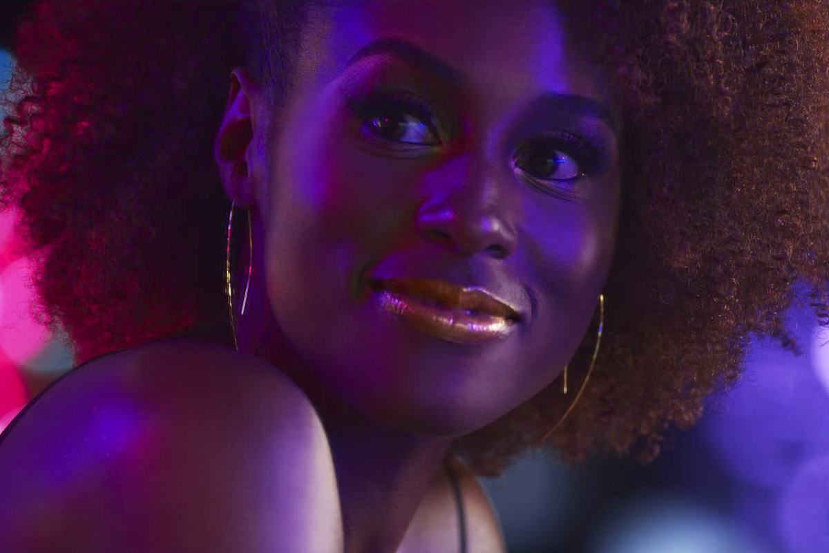 Watch Issa Rae Shine in Her New Covergirl Commercial