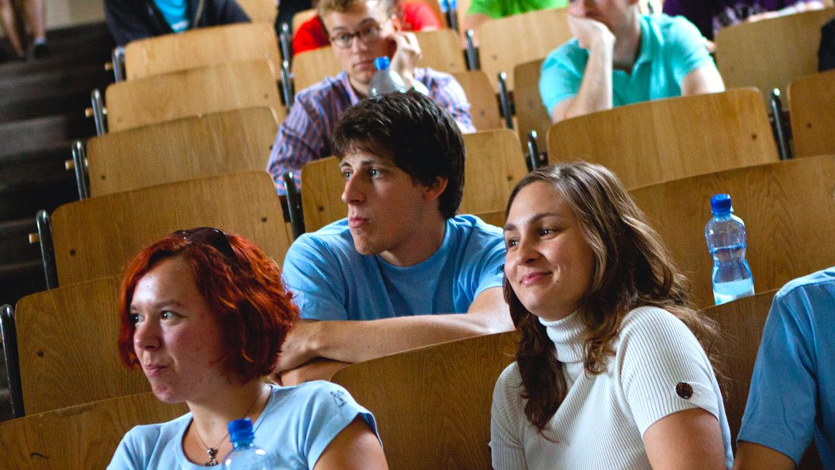 10 Thoughts First-Semester Freshmen Always Think But Never Say Out Loud