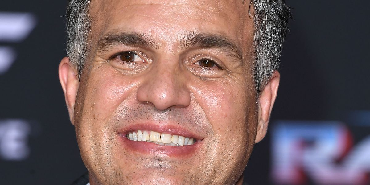 Mark Ruffalo Accidentally Livestreamed the Thor Premiere from His Pocket