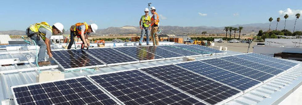Coal to solar switch could save 52,000 US lives per year.