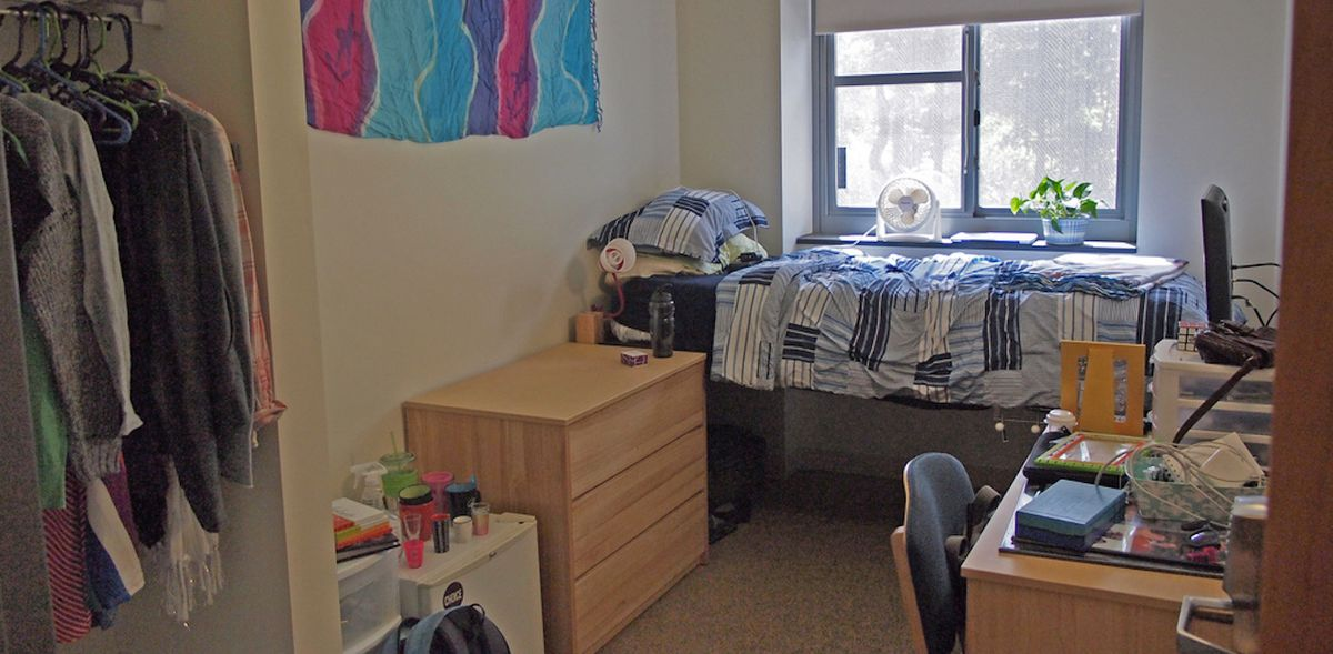 9 Things College Packing Lists Need To Be More Realistic About