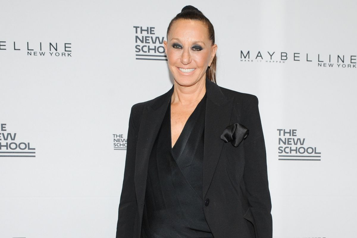 Donna Karan Apologizes Profusely for Defending Harvey Weinstein